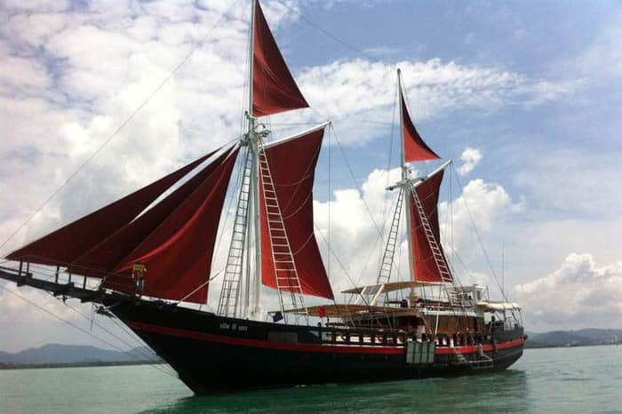 Side view of the Phinisi liveaboard, Thailand
